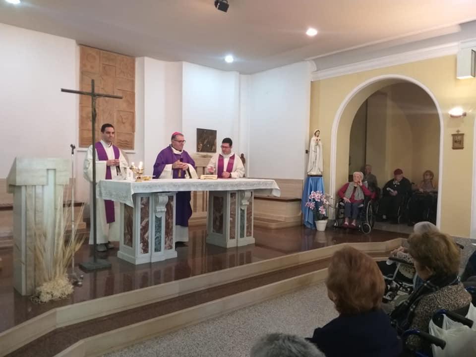 Messa Vescovo_01 Domus Aurea Scauri